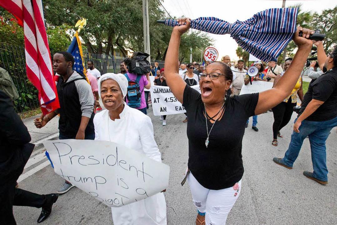 Die in Haiti geborenen US-Bürgerinnen ...ie Äusserungen von US-Präsident Trump.  | Foto: dpa
