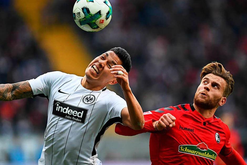 Gleich ein Startelfdebüt für den SC-Neuzugang Lucas Höler: Gegen Eintracht Frankfurt stand der ehemalige Sandhäuser in der Startelf von Christian Streich. (Foto: dpa)