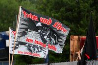 Deutsche Rechtsextreme feiern in Frankreich nahe der Grenze ungestört Feste