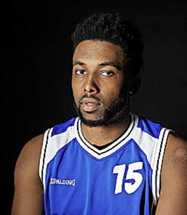<BZ-FotoAnlauf>Basketball:</BZ-FotoAnl...beim CVJM Lörrach: Desmond Strickland   | Foto: ZVG