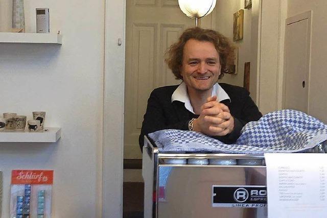 Dieser Kunsthändler verkauft Kaffee – damit es in seinem Laden nicht so einsam ist