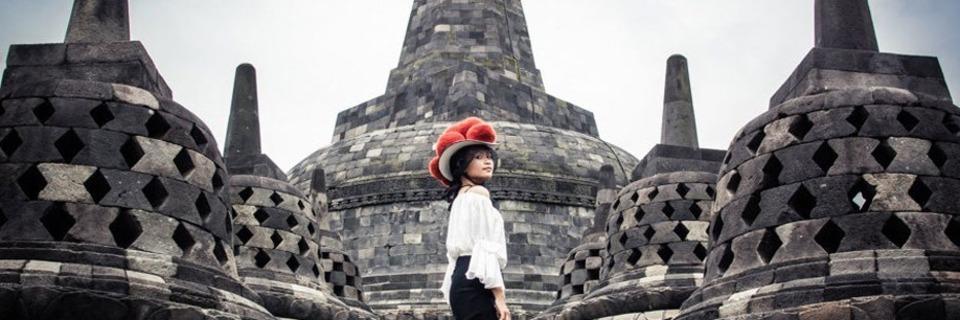 Mit dem Bollenhut durch Asien