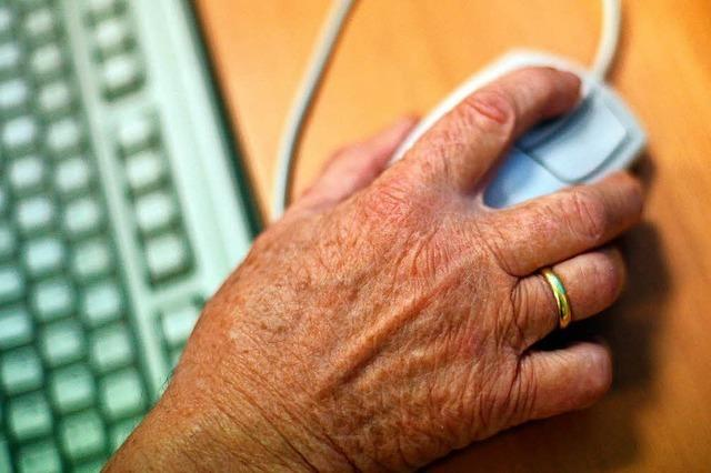 Vier Online-Betrüger sollen Kunden um 650 000 Euro geprellt haben
