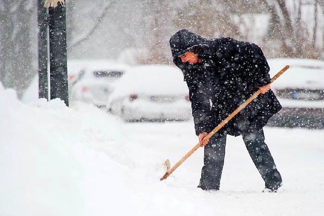 So können Sie Schnee schippen steuerlich absetzen