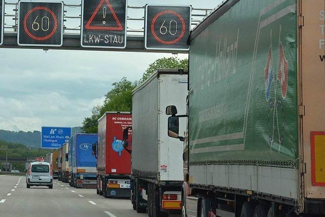 Fast eine Million Lkw am Autobahnzoll