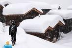 Fotos: Schneemassen schneiden in den Schweizer Alpen ganze Orte von der Außenwelt ab