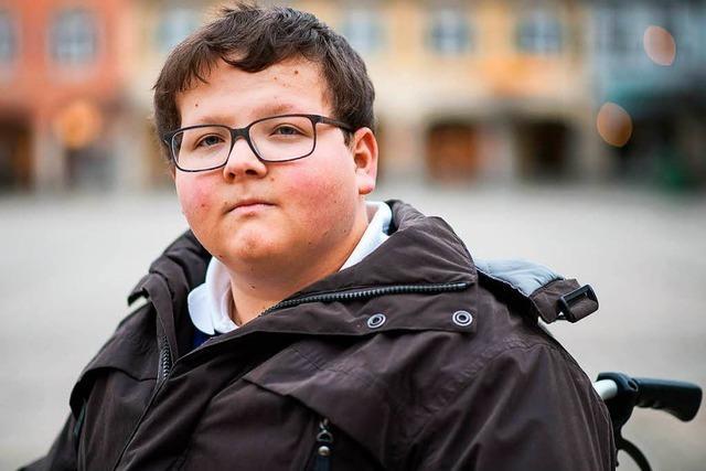 Schüler im Rollstuhl - Versicherung muss zahlen