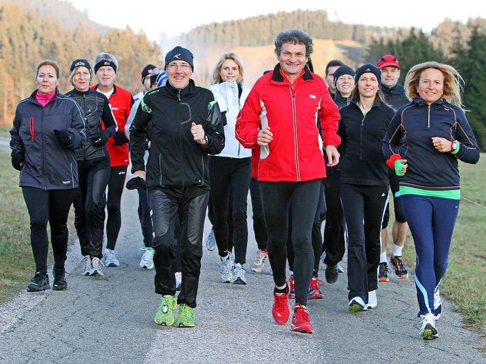 Herbert Steffny gibt regelmäßig Laufkurse und -seminare.  | Foto: Herbert Steffny
