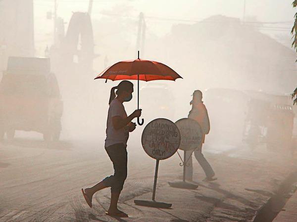 Der Vulkan Mayon auf den Philippinen brodelt. Mehr als 40 000 Menschen sind schon geflohen.