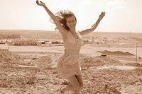Wie eine halbseitig gelähmte Frau mit einer Tüftelei wieder laufen lernte