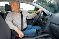 Wer nach längerer Pause wieder ans Lenkrad will, sollte sich vorbereiten