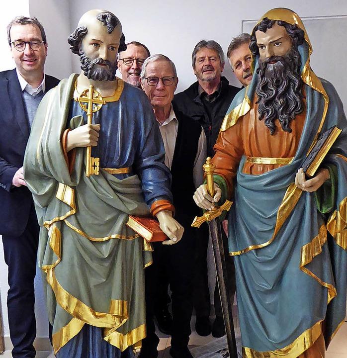 500 Euro für Peter (mit dem Schlüssel)...ayr, Walter Disch und Arnold Löffler.   | Foto: Peter Stellmach