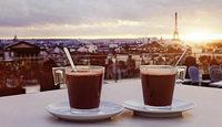 Sacré-Coeur oder Café? Egal, nur kein Stress