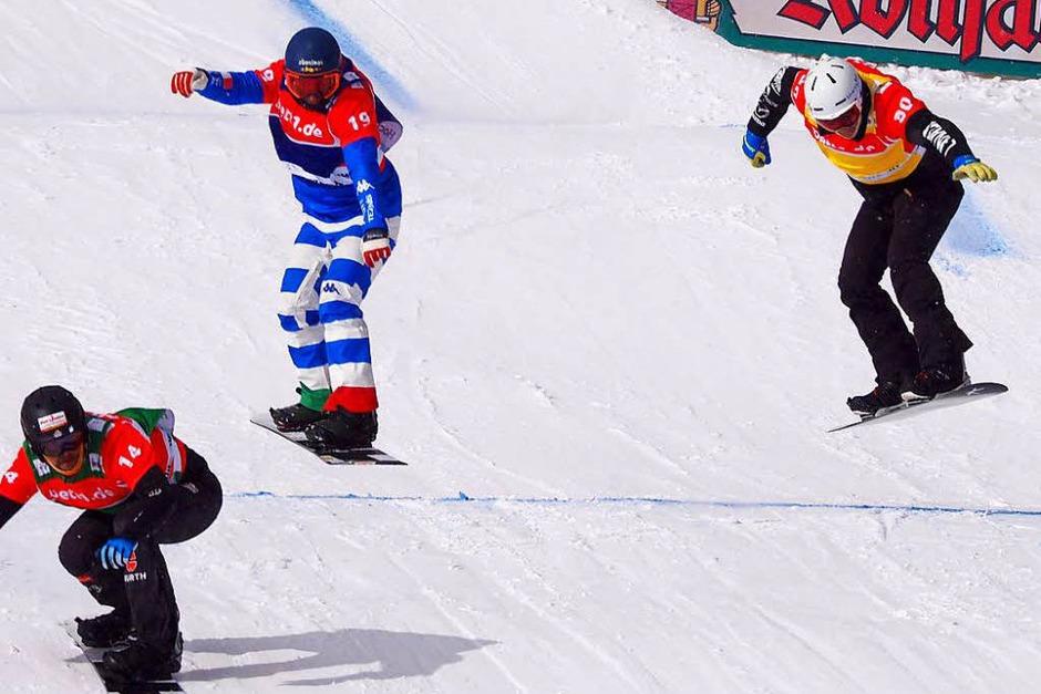 Am Wochenende war im Hochschwarzwald die Weltelite der Snowboardcrosser zu Gast. Der Feldberg punktete mit Schnee und Sonne satt. (Foto: Susanne Gilg)