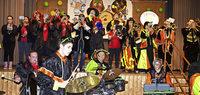 Fetzige Musik und flotte Tänze