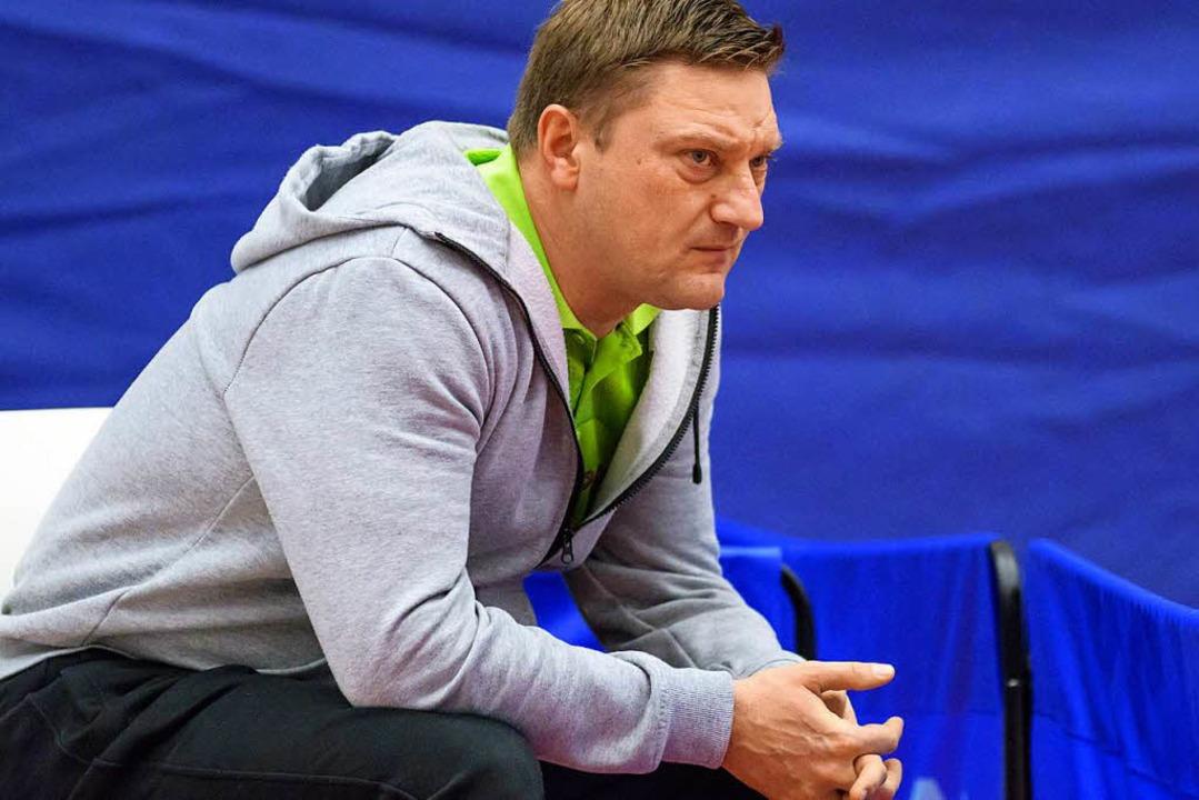 Ernüchtert: ESV-Trainer Alen Kovac     Foto: Gerd Gründl