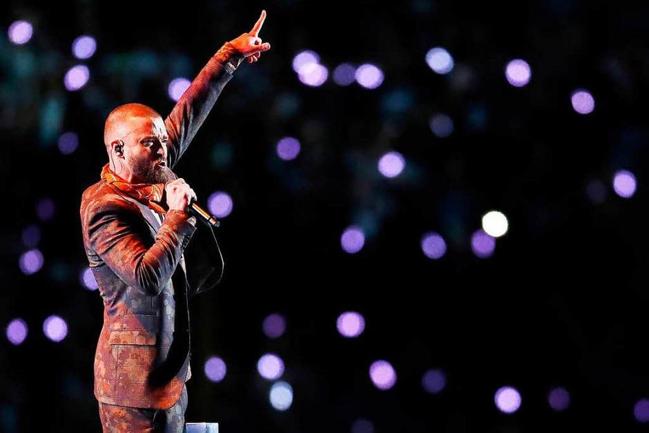 US-Sänger Justin Timberlake (37) hat in der Halbzeitshow beim Super Bowl im eiskalten Minneapolis kräftig eingeheizt. (Foto: AFP)