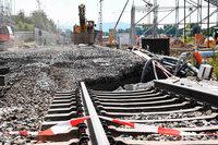 Betonsperre im kaputten Rheintalbahn-Tunnel wird entfernt