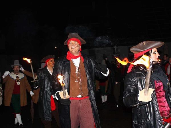Die Löffel-Guggis begleiteten das Spektakel mit ihrer Musik.