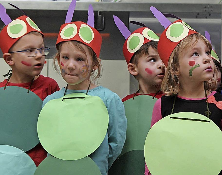 Raupen vom Kindergarten  St. Hildegard...es Jahr ist die Zirkuswelt das Thema.     Foto: Michelle Güntert