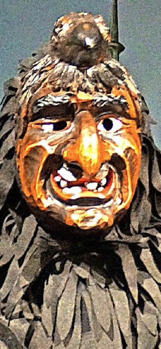 Thomas Ruf mit und ohne Nachtgrabb-Maske     Foto: verena Wehrle