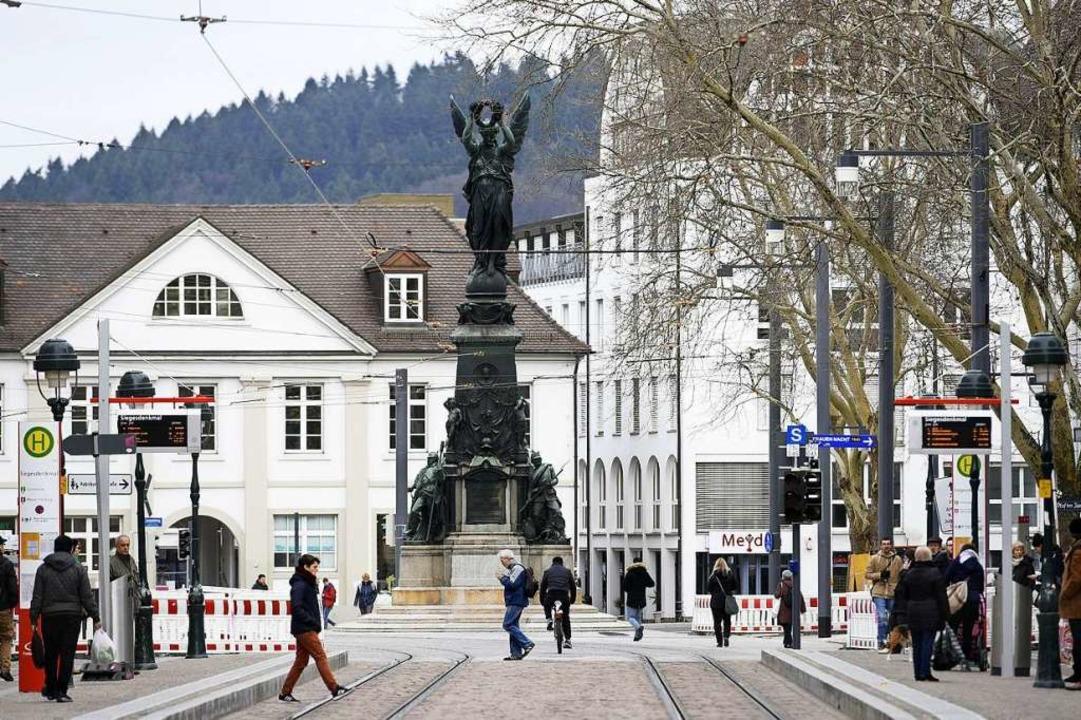 Früher war der Platz nach Kaiser Wilhe...ieren für die Bezeichnung Europaplatz.  | Foto: Thomas Kunz