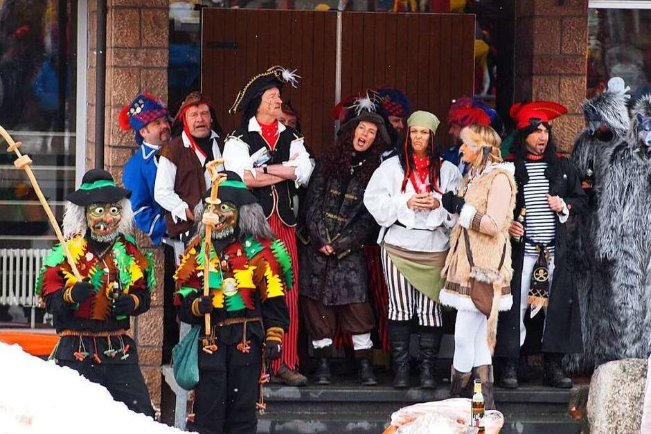 Als Piraten geben sich Bürgermeister und Gemeinderat in Schluchsee. (Foto: Tobias Loibenböck)