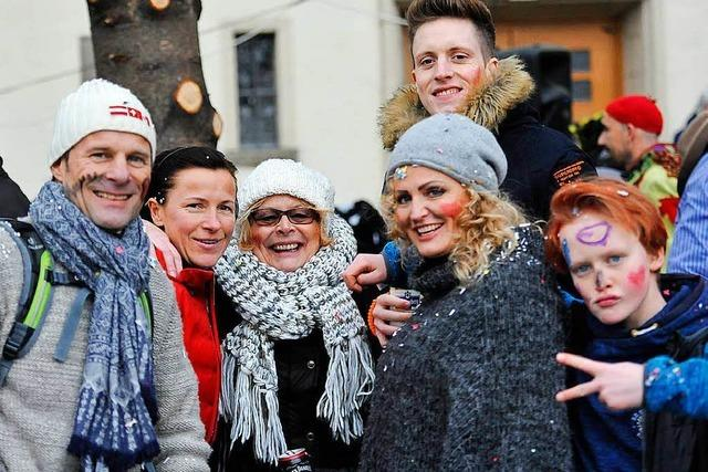Fotos: Das Publikum beim Fasnachtsumzug in Bad Krozingen 2018