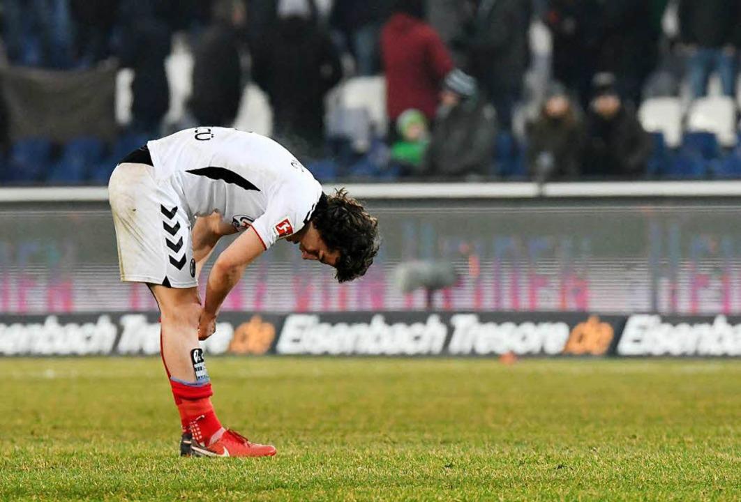Enttäuschend und enttäuscht: Caglar Sö...wischten in Hannover keinen guten Tag.  | Foto: dpa