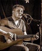 Englischer Singer/Songwriter Matt Woosey und Band im Lahrer Schlachthof