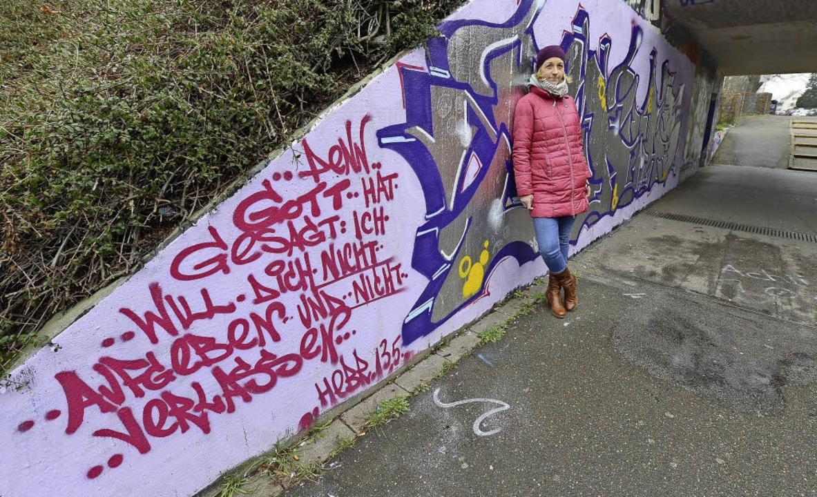 Eine göttliche Botschaft von Anna M. a...rführung zur Haltestelle Runzmattenweg  | Foto: Ingo Schneider