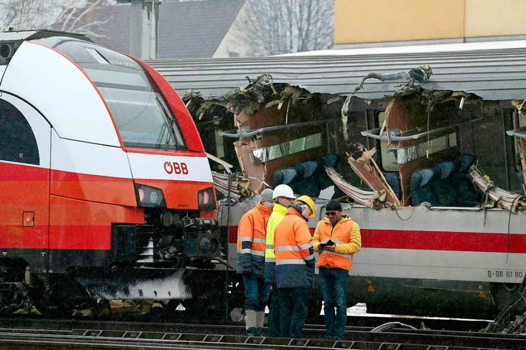 Bei einem Zugunglück in Österreich ist...rden verletzt, darunter zwei Deutsche.  | Foto: dpa