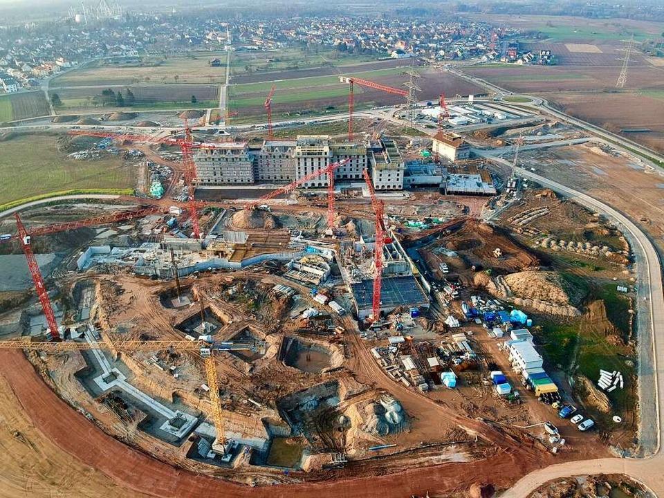Die Baustelle des Wasserparks in Rust aus der Vogelperspektive  | Foto: Michael Thoma