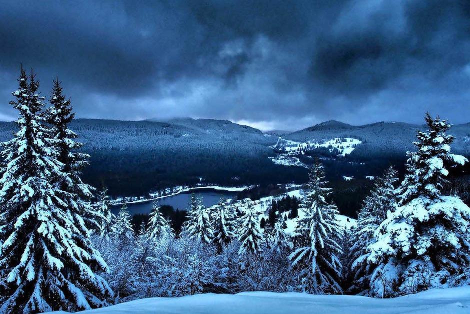 Klirrende Kälte, blauer Himmel und Sonnenschein: So zeigt sich der Hochschwarzwald zum Ende der närrischen Tage. (Foto: Susanne Gilg)
