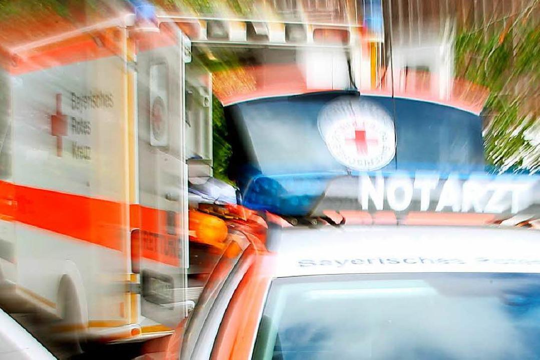 Zwei Schwer- und drei Leichtverletzte ...sern. Symbolfoto: Stephan Jansen (dpa)  | Foto: dpa