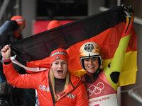 Natalie Geisenberger holt Gold im Rodeln – Silber für Dajana Eitberger