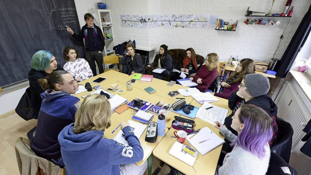 Die Lerngruppe Abinom  besteht seit an..., die Ersten machen demnächst Abitur.   | Foto: Ingo schneider