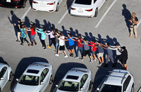 17 Tote nach Schüssen an High School in Florida