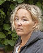 """Susanne Reindl liest aus """"Stillhalten"""" von Nina Jäckle in Offenburg"""