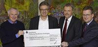 Pfizer spendet 15 000 Euro