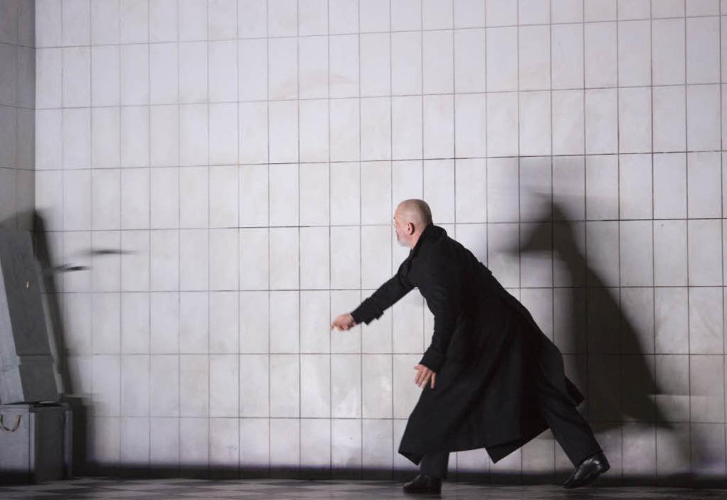 "Wohin nur, wohin? Florian Boesch in Claus Guths  ""Saul""    | Foto: Rittershaus"
