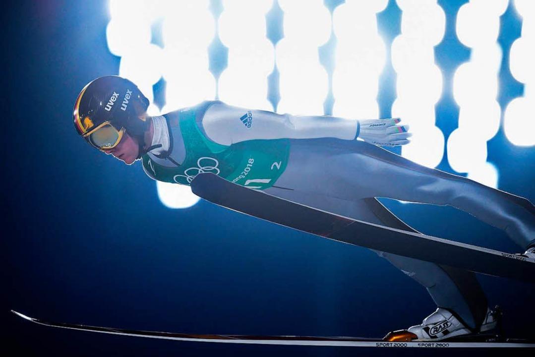 Silber auch für Skispringer Stephan Leyhe aus Breitnau im Mannschaftswettbewerb.  | Foto: dpa