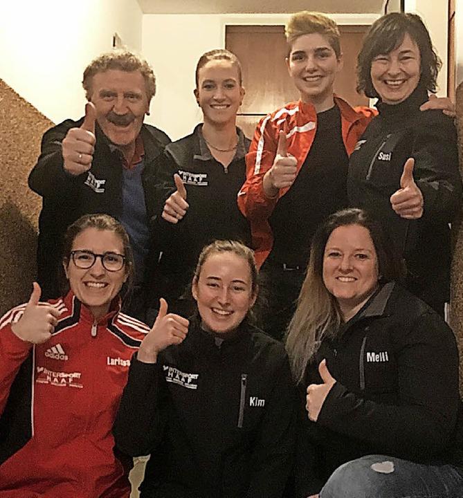 Das KKSV-Team, hi. v. li.: Trainer Har...a Hege, Kim Schladebach, Melanie Hamm   | Foto: privat