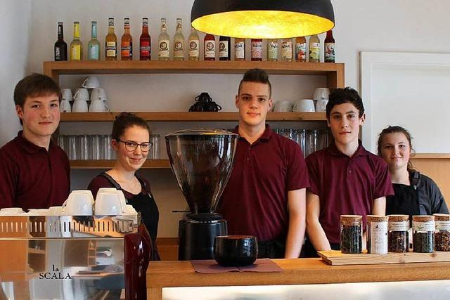 Warum fünf Jugendliche in Ettenheimweiler ein eigenes Café betreiben