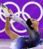 Emotionaler Zweikampf um Eislauf-Gold