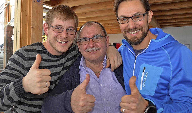 Daumen hoch für den Olympiasieger: Phi...und der sportliche Leiter, Tobias Bach  | Foto: Johannes Bachmann