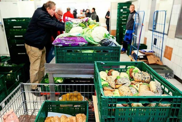 Viel Kritik an Aufnahmestopp für Migranten bei Tafel Essen – Lob von AfD