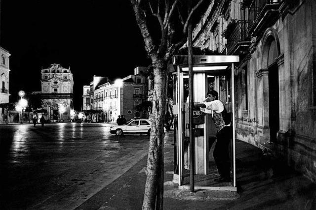 Andreas Rossmann liest aus seinem Sizilien-Buch