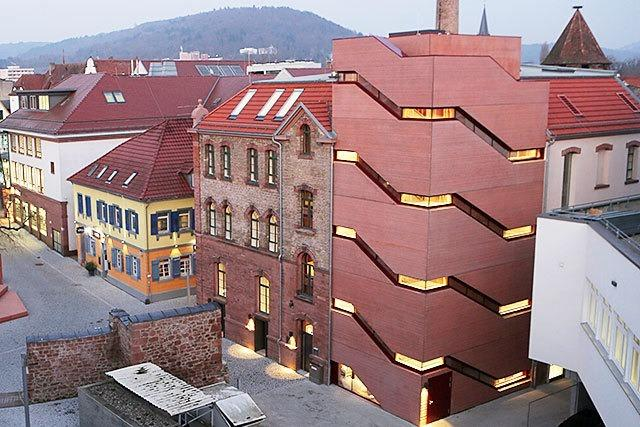 Stadtmuseum Lahr hat neues Domizil in Tonofenfabrik bezogen