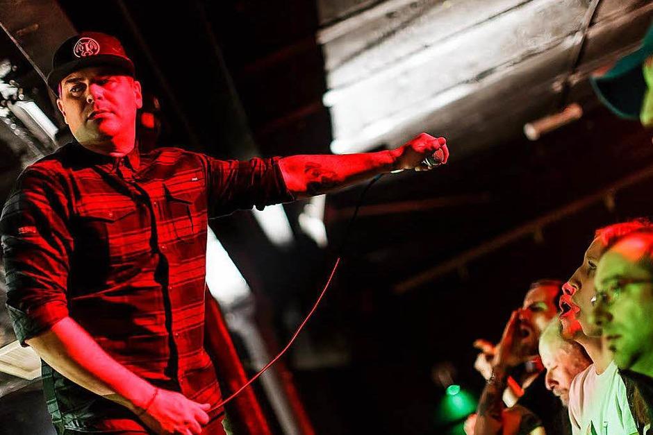 """Hatten mit """"Smooth Criminal"""" einst einen Hit: Die Musiker der amerikanischen Rockband Alien Ant Farm spielten am Mittwochabend im Crash. (Foto: Janos Ruf)"""
